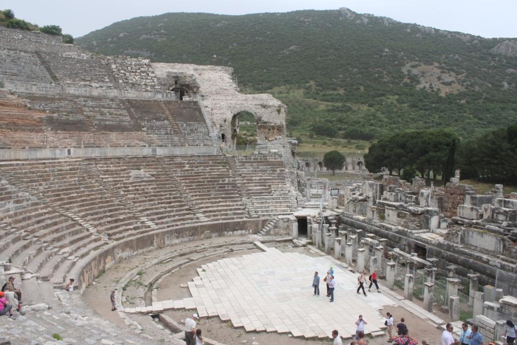 Амфитеатр в Эфесе