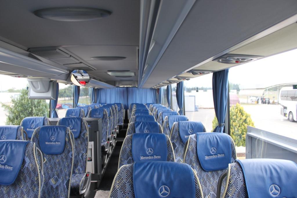 Салон автобуса Mercedes 2012 года