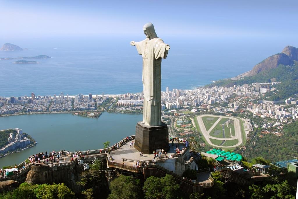 Статуя Иисуса Христа в Рио