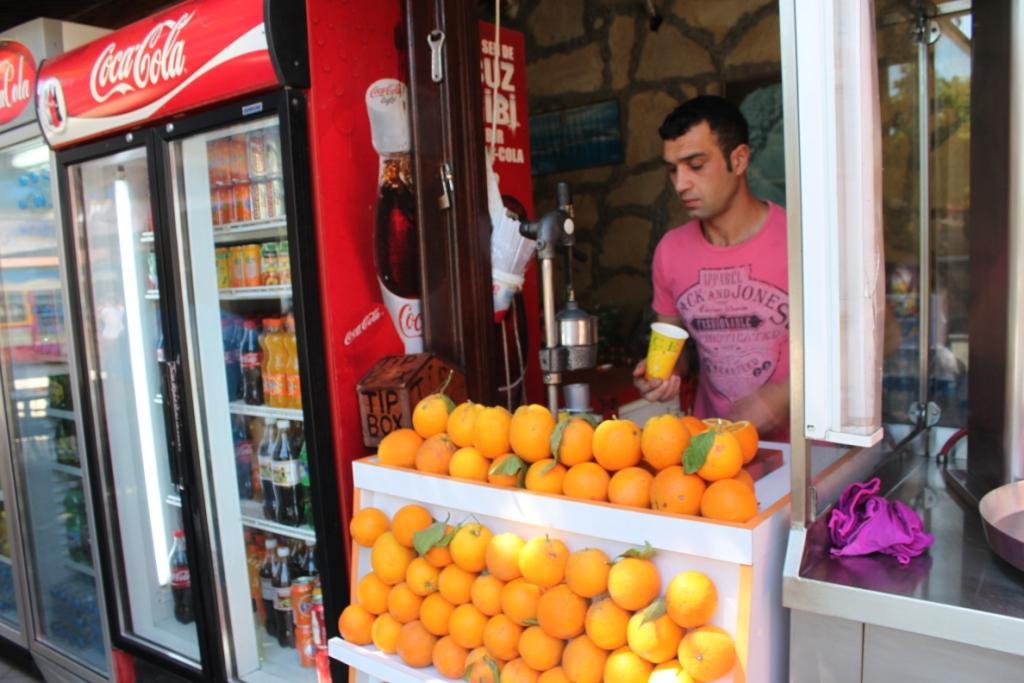 Свежевыжатый апельсиновый сок в-Турции