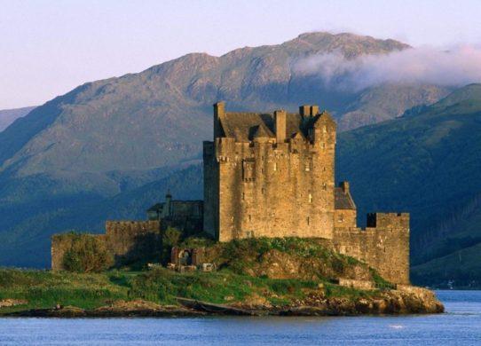 Фото замка в Шотландии